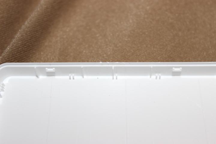 バッファロー外付けハードディスク(HD-PCT1TU2)分解方法