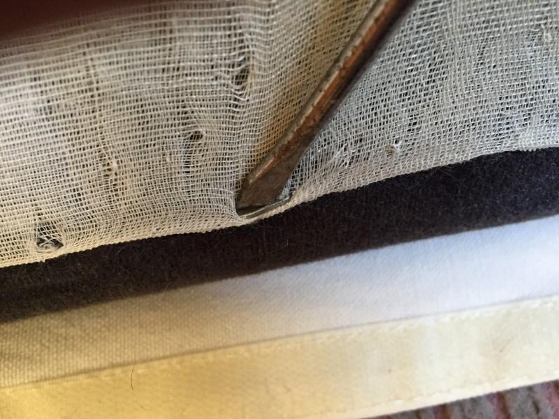 ベットの、ボロボロになった裏カバーの、張り替え修理
