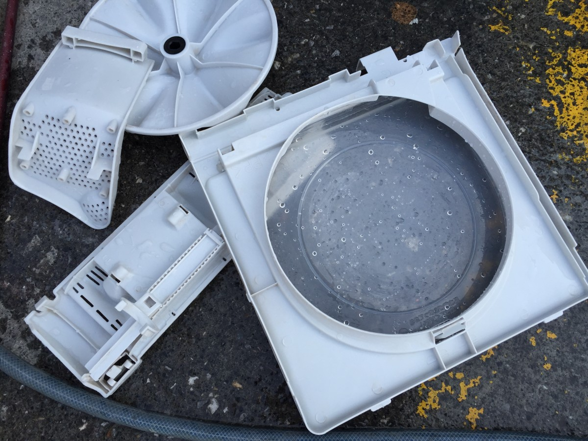 2槽式洗濯機(VH-30S)綺麗にしたところ