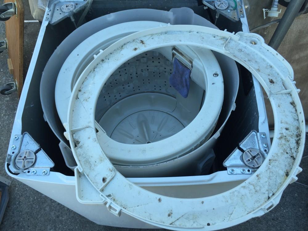 日立 洗濯機(NW-5MR)分解、洗濯槽の取外し、洗浄,掃除の方法