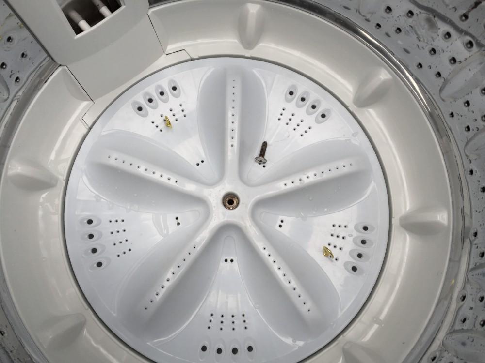 ハイアールアクア(AQW-KS60)洗濯機分解と洗濯槽の清掃