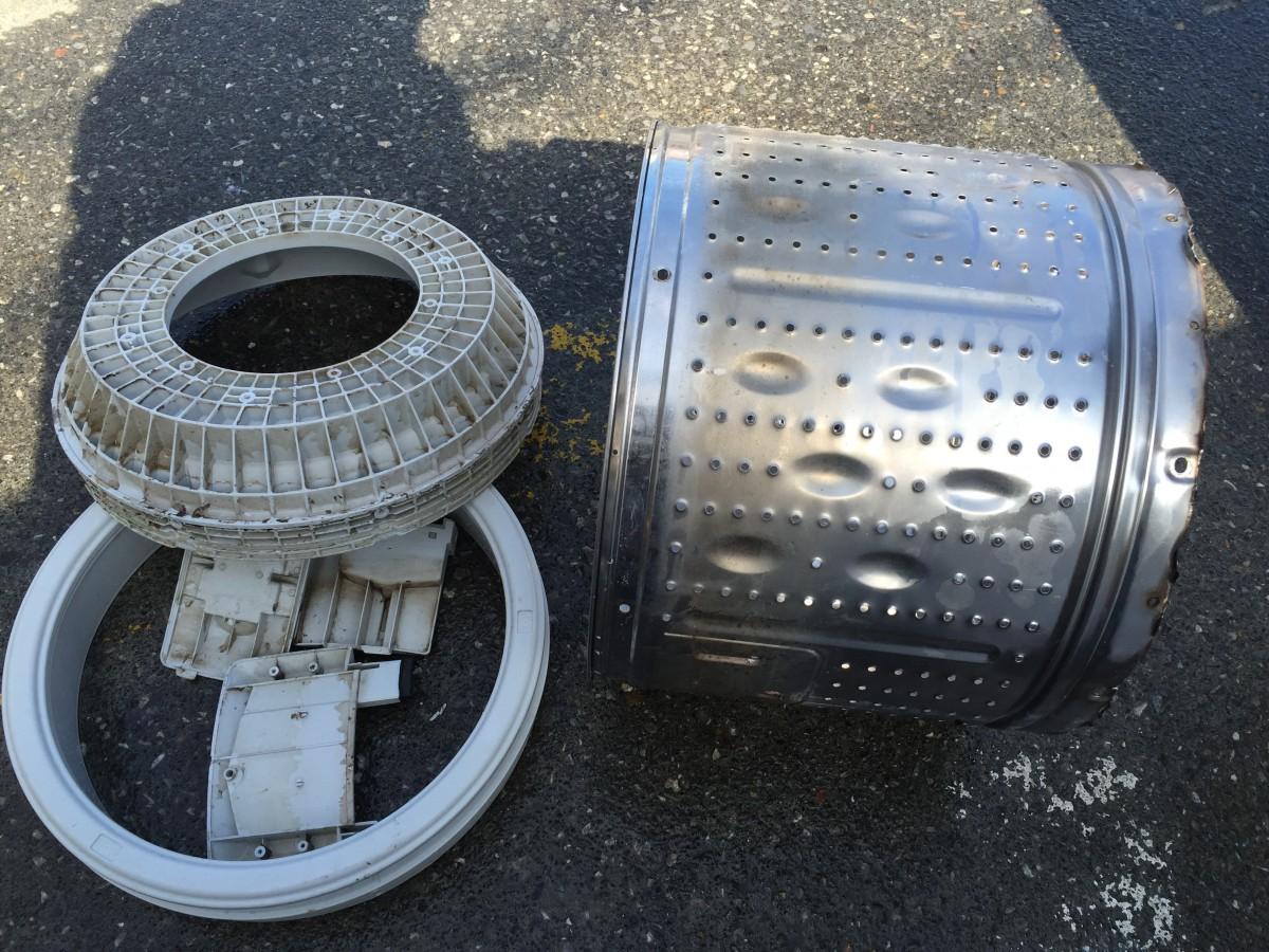 【東芝洗濯機AW-305】DIYで洗濯槽を分解清掃する方法と注意点