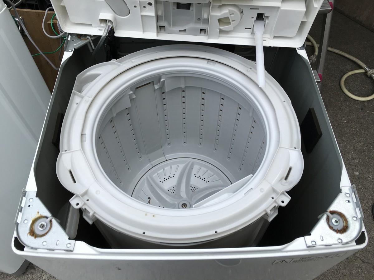 東芝4.2kg洗濯機(AW-42SJ) 分解と洗濯槽の掃除の方法