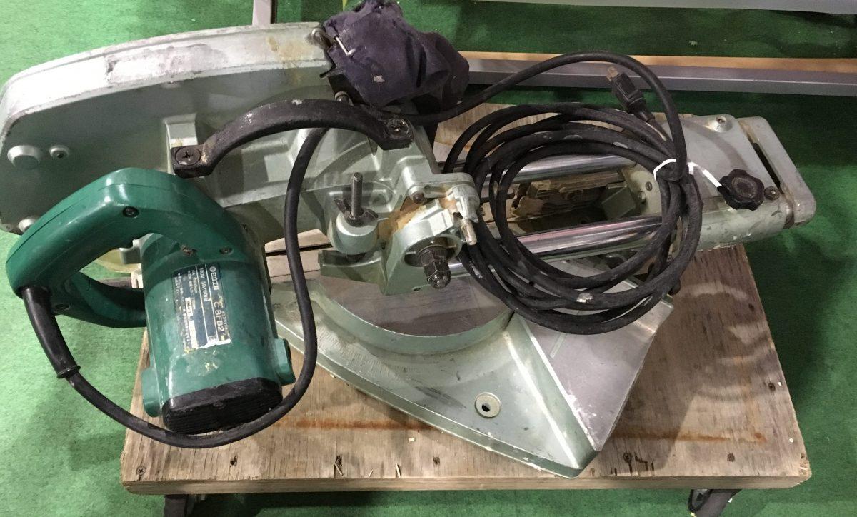 日立卓上スライドマルノコ(C 8FB2)ブレーキが効かないので、スイッチ部分を分解してみた