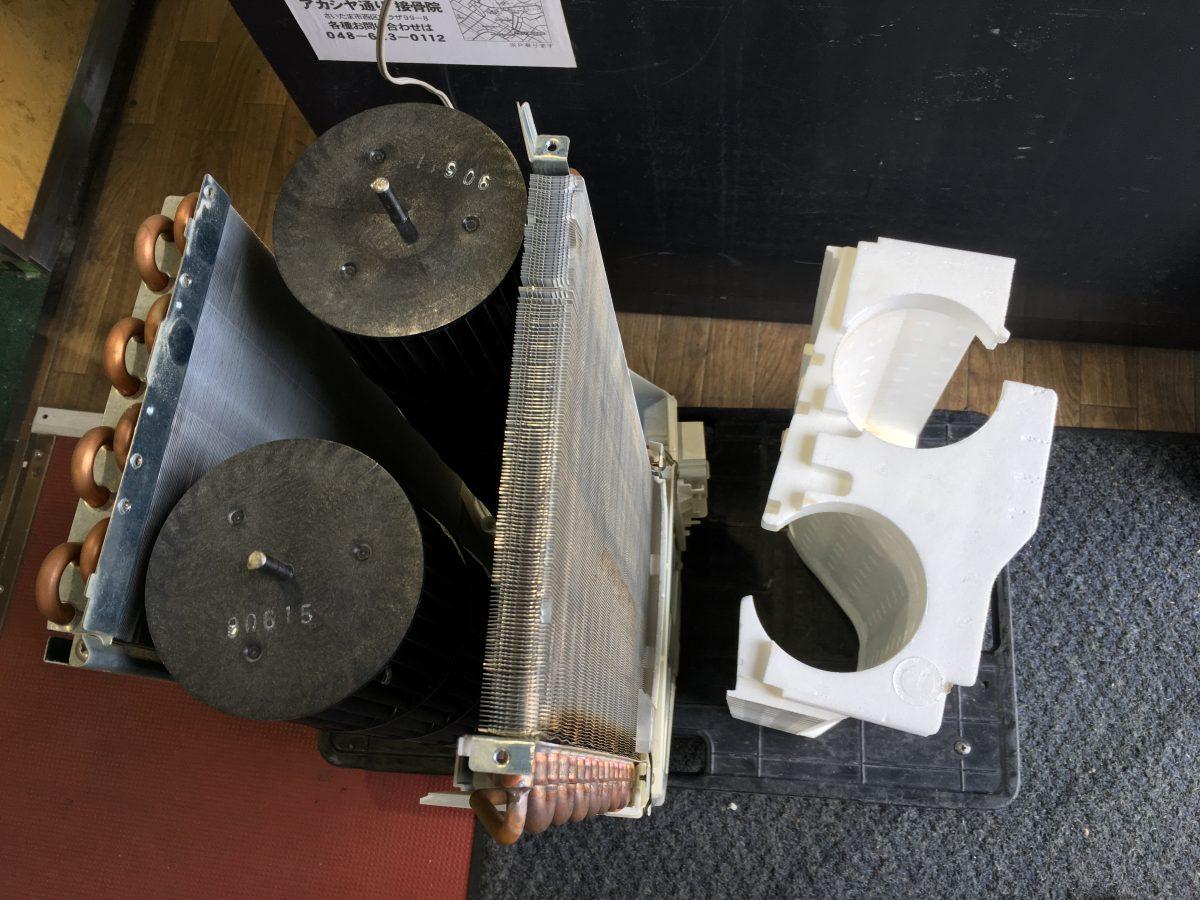 コロナ 窓用エアコンCW-169G 分解して掃除をする方法