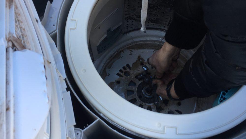 日立 乾燥付き洗濯機(BW-D7PV)分解と洗濯槽の掃除の方法