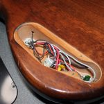 【ヤマハ MB40 ベースのコントロールポット交換 】ボリュームからガリ・音がでない