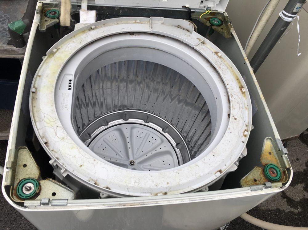 【洗濯機の分解・掃除】洗濯槽が臭いと思ったら、ヘドロが原因だった!ES-FG60H